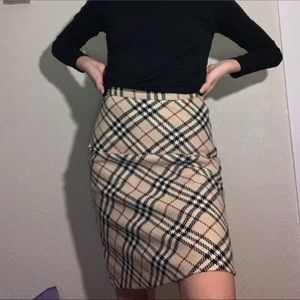 AUTHENTIC BURBERRY SKIRT NOVA CHECK PRINT